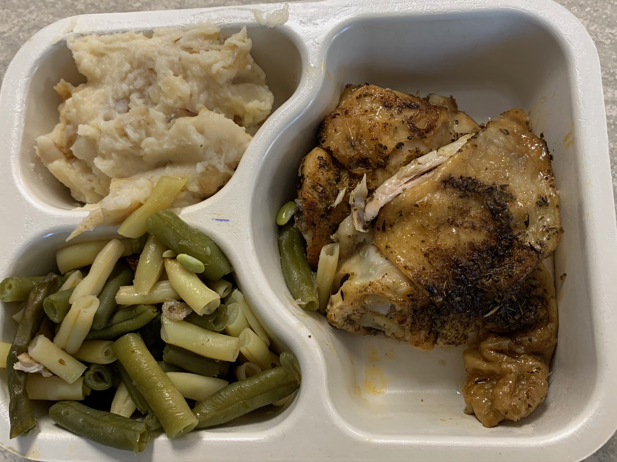 Chicken meal with potatoes and green beans